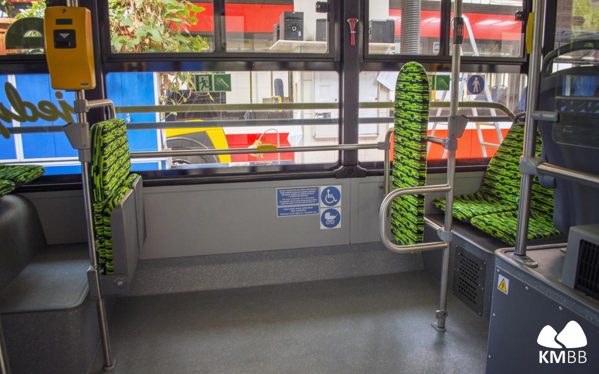 Wnętrze autobusu Rafako.